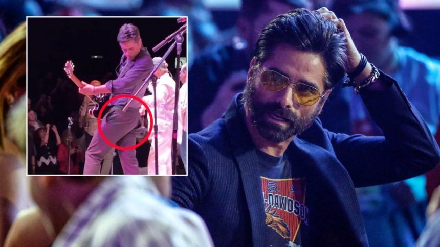 Full House Stjernen Splittet Buksa Under Konsert Med Beach Boys